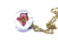 Pembe Çiçekli Küre Kolye-Reçine Kolyeler-RengaLux